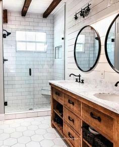 Amazing DIY Bathroom Ideas, Bathroom Decor, Bathroom Remodel and Bathroom Projects to aid inspire your master bathroom dreams and goals. Diy Bathroom Remodel, Bathroom Renovations, Bathroom Interior, Bathroom Makeovers, Kitchen Remodeling, Bathroom Furniture, Parisian Bathroom, Decorating Bathrooms, Antique Furniture