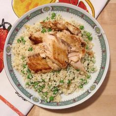 Made cauliflower rice today with peas Tamari garlic ginger salt and pepper but I got realllyyyyyy tired right after it. Was it the peas or the salmon? Salmon is wild caught. Having terrible food issues here #lowcarb #paleo #nutrition #nutritionhelp #diethelp #allergy #glutenfree #lectinfree #lowhistamine #insightplease #advice? Thanks