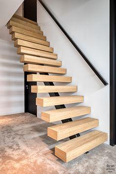Witte villa, bob manders, the art of living Luxury Interior, Interior Styling, Interior Design, Texas Homes, Art Of Living, Staircases, Villa, Stairs, Wood
