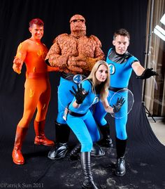 Fantastic 4 | D*C 2011 BEST FF cosplay... um, EVER!!!
