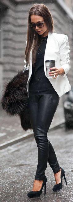 Descubre cómo puedes combinar un blazer blanco con cualquier looky llenarlo de luz y estilo