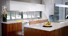 Armoires de cuisine | Du style champêtre à urbain | Fabrique Plus. Cette #Cuisine #contemporain pourrait être la votre. 500$ d'accessoire de cuisine à l'achat de mobilier! Rabais ici : http://www.couponsmaison.com/coupons/detail-du-coupon/coupon/58.html