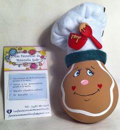 modèle: Pain d'Épices Décoration de Noël réalisée à partir d'objets recyclés Pour commander: https://www.facebook.com/LesFantaisiesdeMamzelleSofy