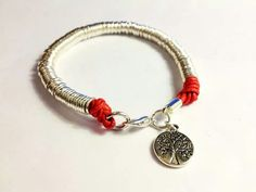 Bracelet made with jump rings