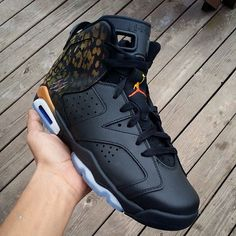 """These """"Leopard are super clean. The simple execution and subtle details work in this case. The gradient on the Jumpman is a nice touch. Nike Air Jordans, Womens Jordans, Zapatillas Nike Jordan, Nike Huarache, Air Max Sneakers, Shoes Sneakers, Jordan Sneakers, Men's Shoes, Sneaker Games"""