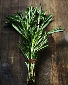 5 Herbs & Spices That Belong In Every Home