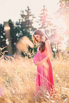 Lady in Pink - Maternity Session - Lana Sky Photography, Sunset Maternity photo shoot, Seattle Family Photographer, Pink Maternity Gown.