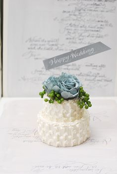 preserved flower arrangement ケーキみたいなプリザーブドフラワーアレンジメント http://www/vingtquatre.com