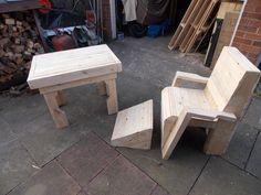 Pallet Garden Table and Chair #PalletChair, #PalletGardenSet, #PalletTable