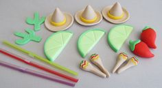 A great addition to any fiesta! Mexican Fiesta Cupcake Toppers include 3 fondant limes with plastic straws, 3 sombreros, 2 chili peppers, 2