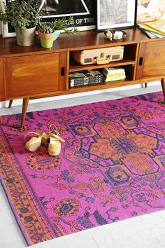 beautiful overdyed rug  http://rstyle.me/n/vnze2pdpe