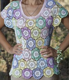 Beautiful crochet shirt with round motifs. Inspiration only