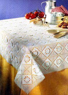 tejidos artesanales en crochet: mantel con cuadrados florales tejido en crochet
