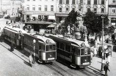 FOTO: Hromadná doprava v hlavnom meste cez historický objektív Bratislava, Old Photos, Street View, Nostalgia, Car, Pictures, Trains, Old Pictures, Automobile