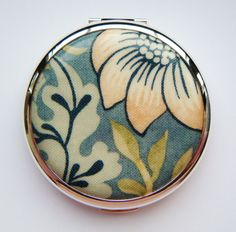 William Morris Floral Blue Convertible Stratton Compact
