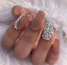 Uploaded by Aaliyah Kinniburgh. Find images and videos about nails, nail art and nail design on We Heart It - the app to get lost in what you love. Dimond Nails, Gem Nails, Nail Gems, Fabulous Nails, Gorgeous Nails, Pretty Nails, Diamond Nail Designs, Nail Art Designs, Nail Crystal Designs