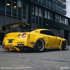 nissan gtr Nissan GT-Rs on Yellow Nissan Gtr Nismo, Maserati, Bugatti, Lamborghini, Ferrari Car, Nissan Skyline, Skyline Gtr, Nissan Gtr Wallpapers, Nissan Sports Cars