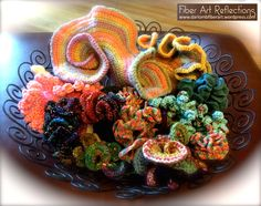 Hyperbolic & Freeform crochet pieces in a wire bowl Knit Art, Crochet Art, Irish Crochet, Crochet Motif, Crochet Toys, Crochet Stitches, Free Crochet, Crochet Ruffle, Freeform Crochet