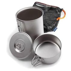 Traveling light and fast? This minimalist kit packs your kitchen into a tiny space, and weighs about 5 ounces.