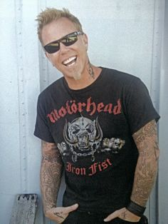 James Hetfield is getting hotter as he gets older!