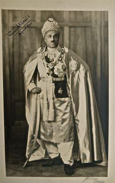 Nawab Sedeq Muhammad Khan of Bhawalpur( Present Pakistan) Families in British India Society Image Gallery.