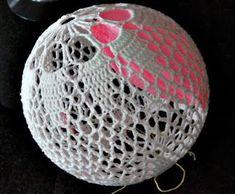 Crochet Ball, Knit Crochet, Diy And Crafts, Arts And Crafts, Ball Lights, Drops Design, Chrochet, Holiday Crafts, Decorative Bowls