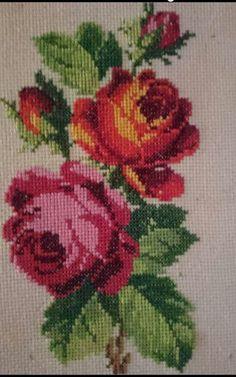 The Cross Stitch Guild - Stitc Cross Stitch Rose, Cross Stitch Flowers, Cross Stitch Charts, Cross Stitch Designs, Cross Stitch Patterns, Cross Stitching, Cross Stitch Embroidery, Embroidery Patterns, Hand Embroidery