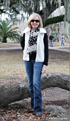 Southern Hospitality Fashion Over 50:  Cowboy Boots and Bootcut Jeans http://southernhospitalityblog.com/fashion-over-50-cowboy-boots-and-bootcut-jeans/ via bHome https://bhome.us