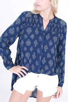 Sure Thing Blouse in Navy