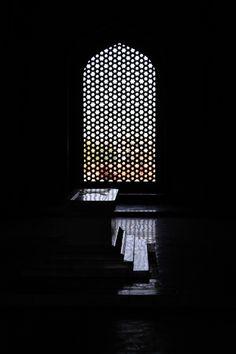 Humayun's Tomb by Dinudey Baidya