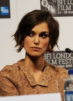 keira knightly. growing out pixie. Cute!
