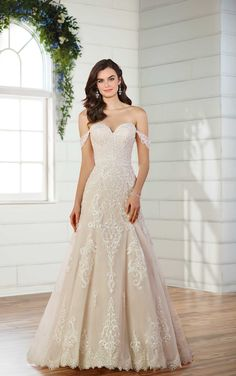 Essense of Australia Wedding Dresses - Search our photo gallery for pictures of wedding dresses by Essense of Australia. Find the perfect dress with recent Essense of Australia photos. Size 18 Wedding Dress, How To Dress For A Wedding, Western Wedding Dresses, Princess Wedding Dresses, Plus Size Wedding, Dream Wedding Dresses, Bridal Dresses, Wedding Gowns, Wedding Angels
