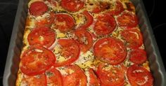 Ingrédients: 6 petits suisses 0% (ou équivalent en fromage blanc 0% soit 500g) 5 œufs Sel Poivre Ciboulette fraîche ou sèche 2 à 3 tomate...