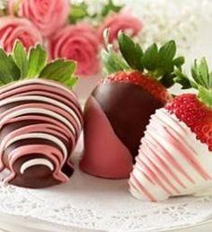 Truskawki w czekoladzie. Nie tylko na Walentynki // Chocolate dipped strawberries. perfect for Valentine's or anytime ♥