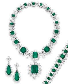 Elizabeth Taylor wore this Grand Duchess Vladimir Suite of emeralds and diamonds. Richard Burton gave her the Bvlugari jewels. The pendant can be worn as a pin, which she did on her the day in 1964 she wed Burton. She also wore it in the film The VIPS.
