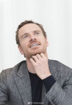 "Michael Fassbender at ""The Snowman"" press conference in SLS Hotel, Beverly Hills (October 6th, 2017)"
