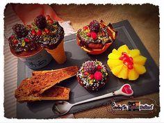 #Nefis 😋 #lezzetler için #SevinçYiğitArabacı 'nın bloğu : #SevinçinLezzetDefteri #FoodBlog and #Drink #food #lezzet #delicious #kek #sweet food #Istanbul #Türkiye #foodphotography #Dessert #yummy #cake #DondurmaKülahındaKek #muzlukek #enfes #PortakalÇanağındakiKek #portakal #nar #Chocolate #portakalkabugundakek — at #SevinçinLezzetDefteri  ( #Blog ) in İstanbul, #TURKEY #EyeEM #JoysTasteBook #like #followme #SevinçYiğitArabacı