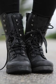 What do black combat boots go with you say? Only EVERYTHING..