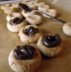 """Evo prvi u seriji dolaze keksi s čokoladom ;). Moj sin (4 god.) kaže """"Mamaaaa ovo su najbolji keksi koje sam ikad jeo :D."""