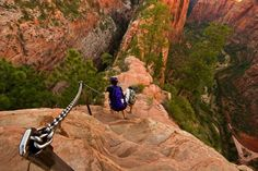 Angel's Landing path, One of the narrowest hiking trails in the world. Utah.