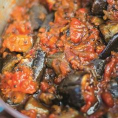 This beautifully simple aubergine, fennel and bean stew is a healthy, hearty vegetarian main course. Taken from the brilliant The Happy Pear cookbook, it has bags of flavour and makes a great meat-free family meal. Side Dish Recipes, Veggie Recipes, Vegetarian Recipes, Cooking Recipes, Veggie Dishes, Vegetarian Main Course, Vegetarian Lunch, Pumpkin Stew, Bean Stew