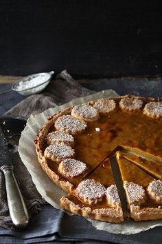 Pumpkin tart with chestnut cream
