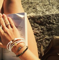 Arm candy, good reads and sunshine ☀️