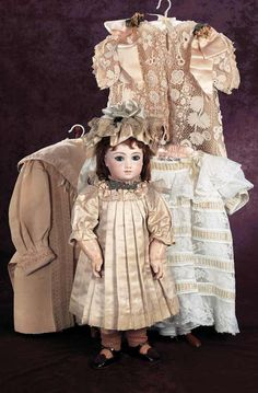 A Cherished Collection - Madame Andrée Petyt | Theriault's