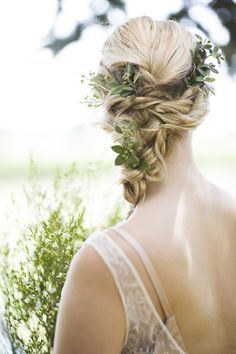 Beautiful Rustic Woodland Bridal Bride Plaited Braid Flower Foliage Bride http://www.careysheffield.com/ http://www.lapoesie.co.uk/