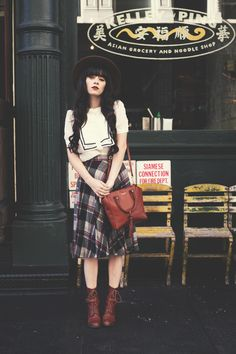 How To Look Fashionably Disheveled | Plaid, Plaid Skirts and Skirts