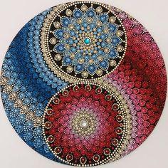 #yantramandalas #mandalas #pontilhismo #dotilism #mandalaartesanal #artesmanuais #kosmos #energi #cosmicart #spiritualart #zenart #mandalapassion #mandaladesign #mandalaartist #mandalando #decoração #handmade #feitoamao #mandalalover #mandalascampinagrande #paraiba #brasil #artesanatoparaibano #artesanato #artesanatocampinagrande #artesanatoparaiba #artesoes #artesanatonordeste #artesanatonordestino #artesanatobrasil