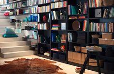 """#pergunteàPO - """"Como organizar livros? Por título, autor ou por tamanho para…"""