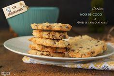Fan de noix de coco, ces cookies coco et chocolat sont faits pour vous! Croustillants à l'extérieur et moelleux à l'intérieur, c'est un pur régal !