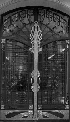 Art Nouveau Door - Musée du Louvre, Paris, France - Doors in Paris - Gates in Paris - Photo by Marc Viellard -  http://www.flickr.com/photos/marcusredflag/6258631118/